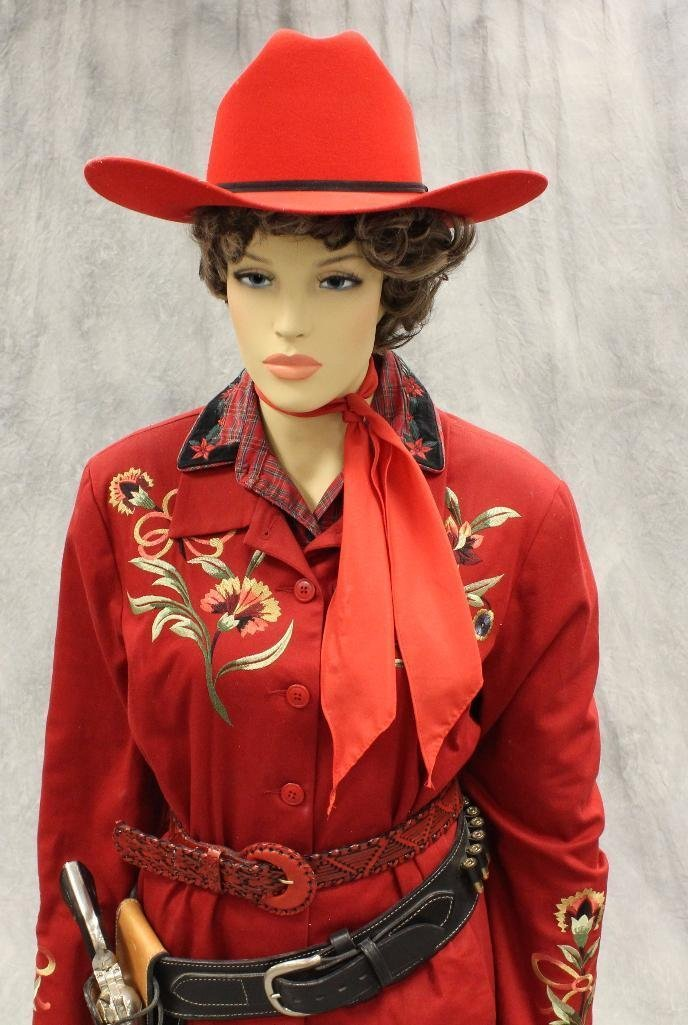 """Annie Oakley"" Mannequin with Replica Pistol"