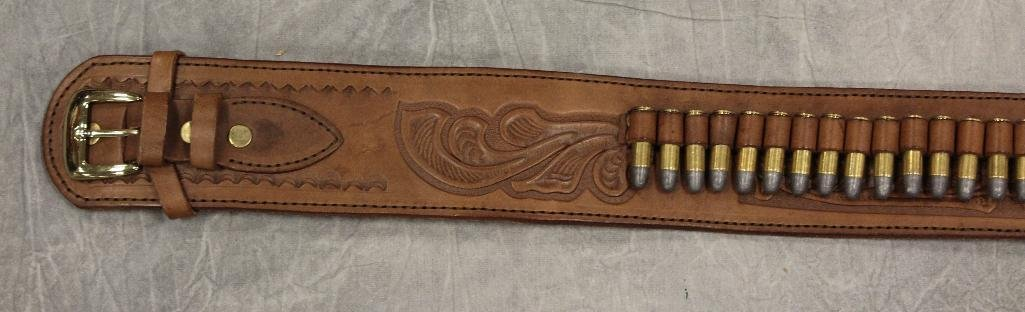 Replica Collector's Armoury Pistol and Holster - 2
