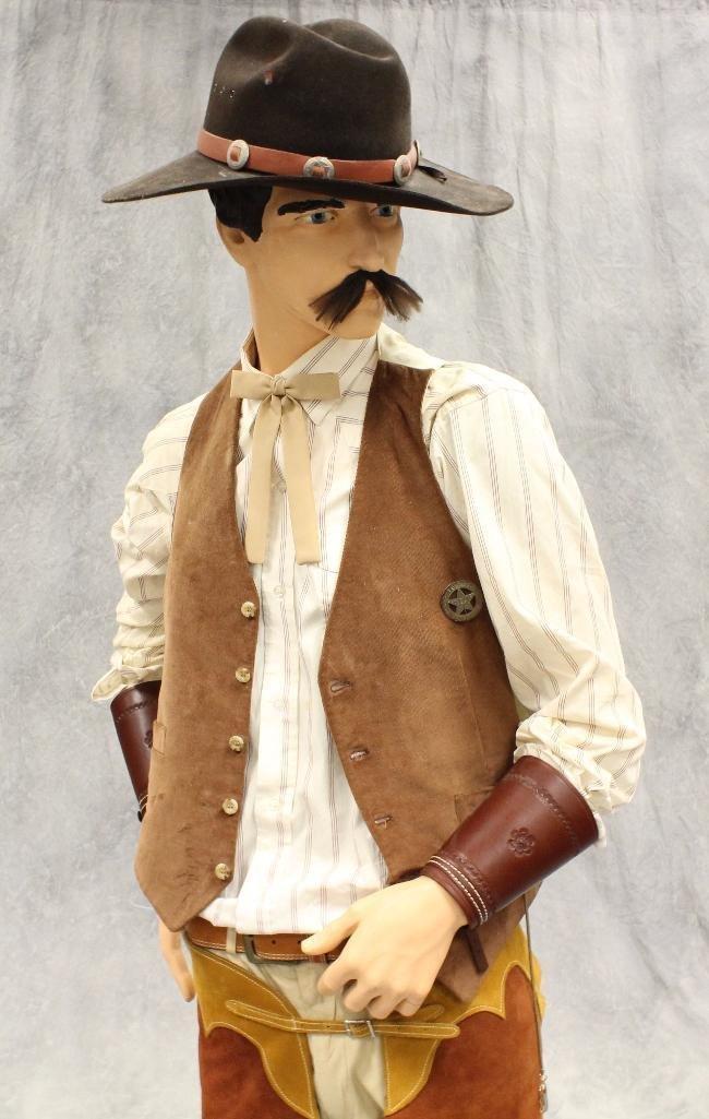"""""""Wyatt Earp"""" Mannequin"""