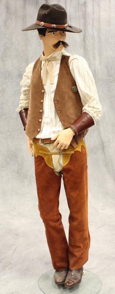 """""""Wyatt Earp"""" Mannequin - 2"""