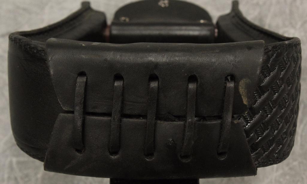 Pair of Black Leather Stirrups - 5