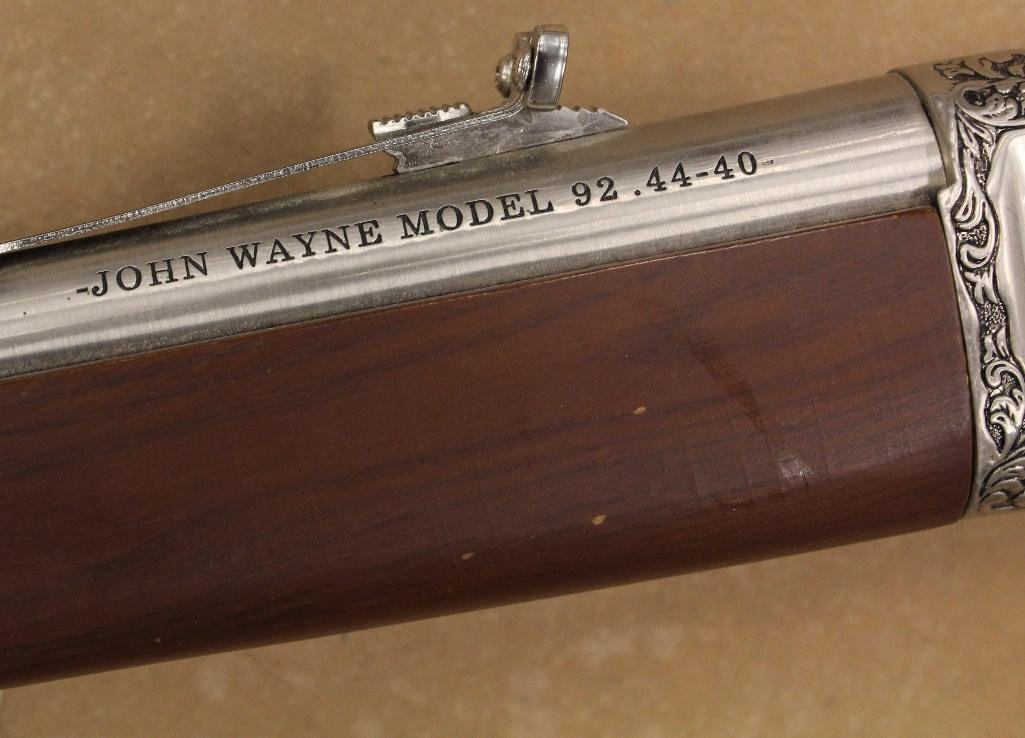 John Wayne Franklin Mint Rifle - 10