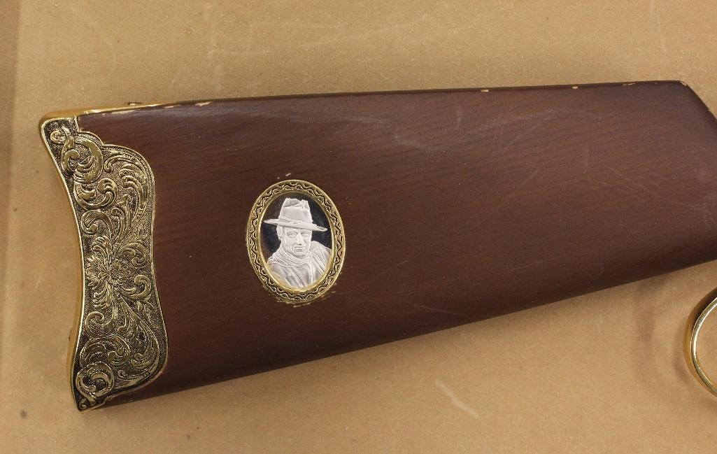 John Wayne Franklin Mint Rifle - 2