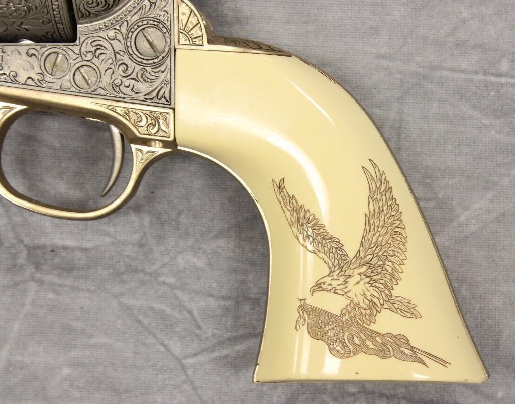 John Wayne Franklin Mint Replica 45 cal Colt Pistol - 8
