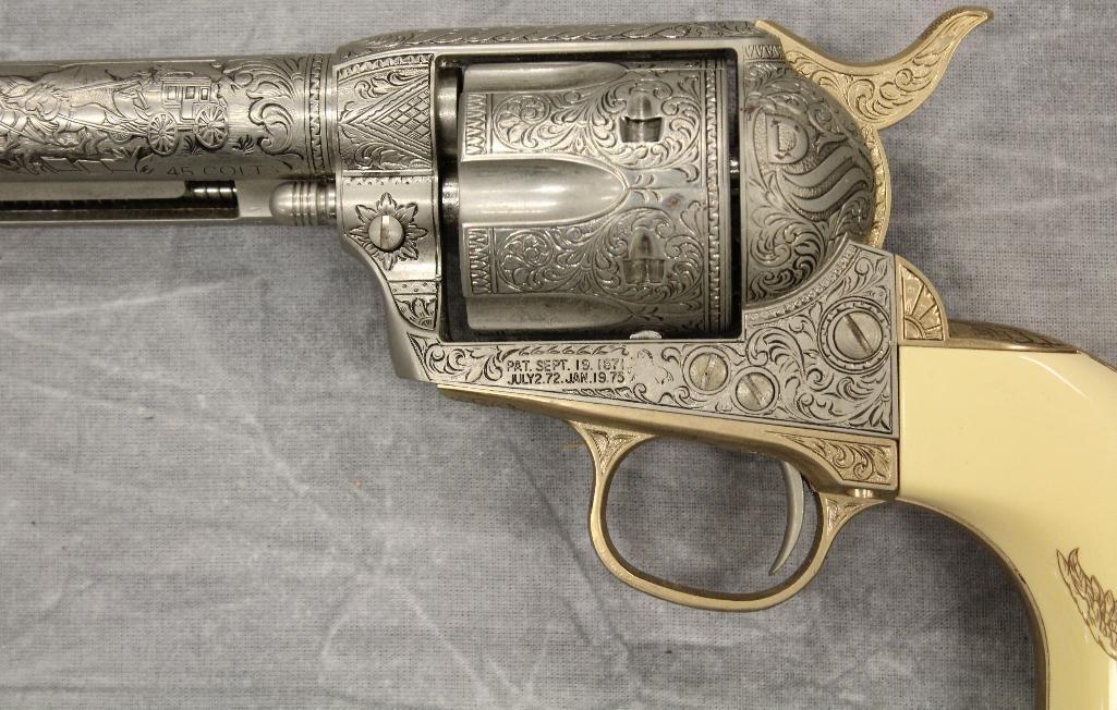 John Wayne Franklin Mint Replica 45 cal Colt Pistol - 9