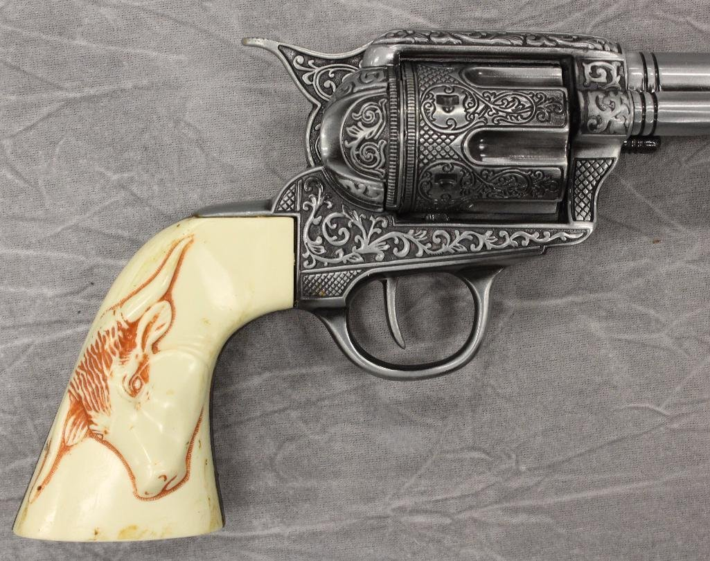 "Replica Collectors Armoury 7 1/2"" Pistol - 2"