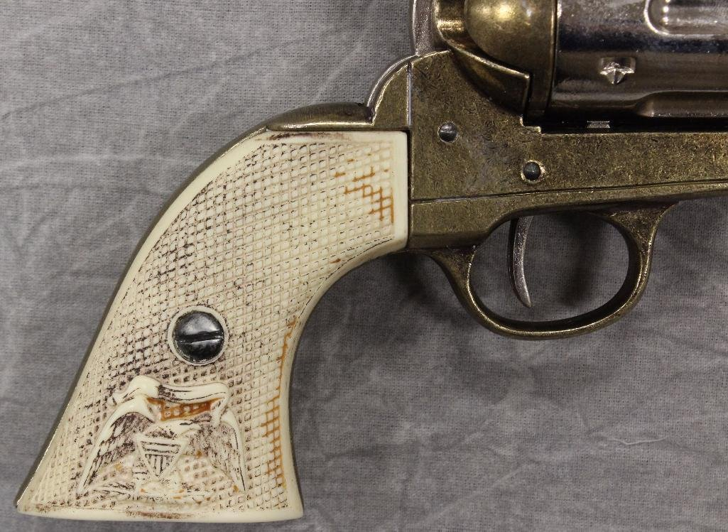 Pair of Replica Collectors Armoury 1873 Western - 2