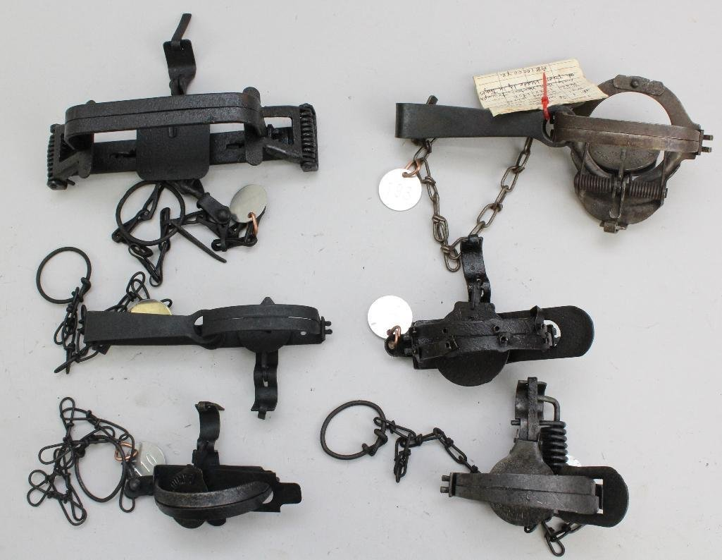 Lot of 6 Traps - 2