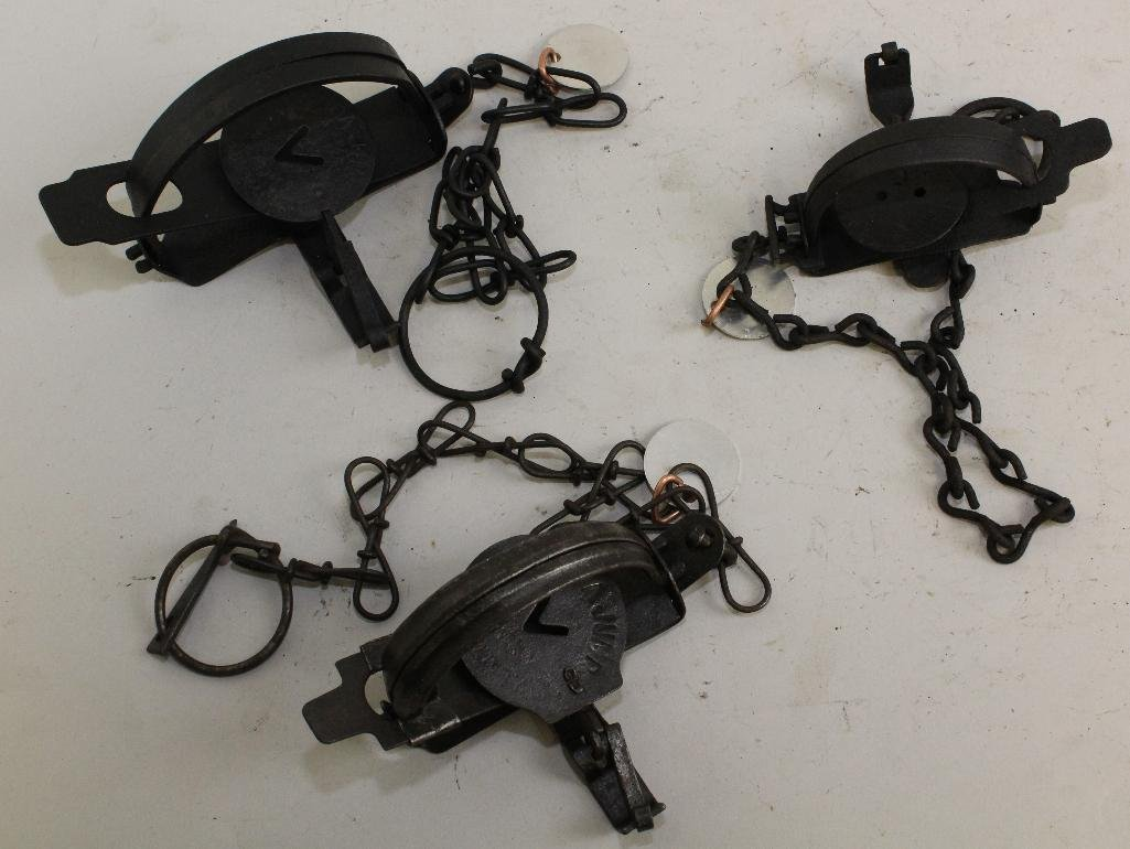Lot of 7 Traps - 4