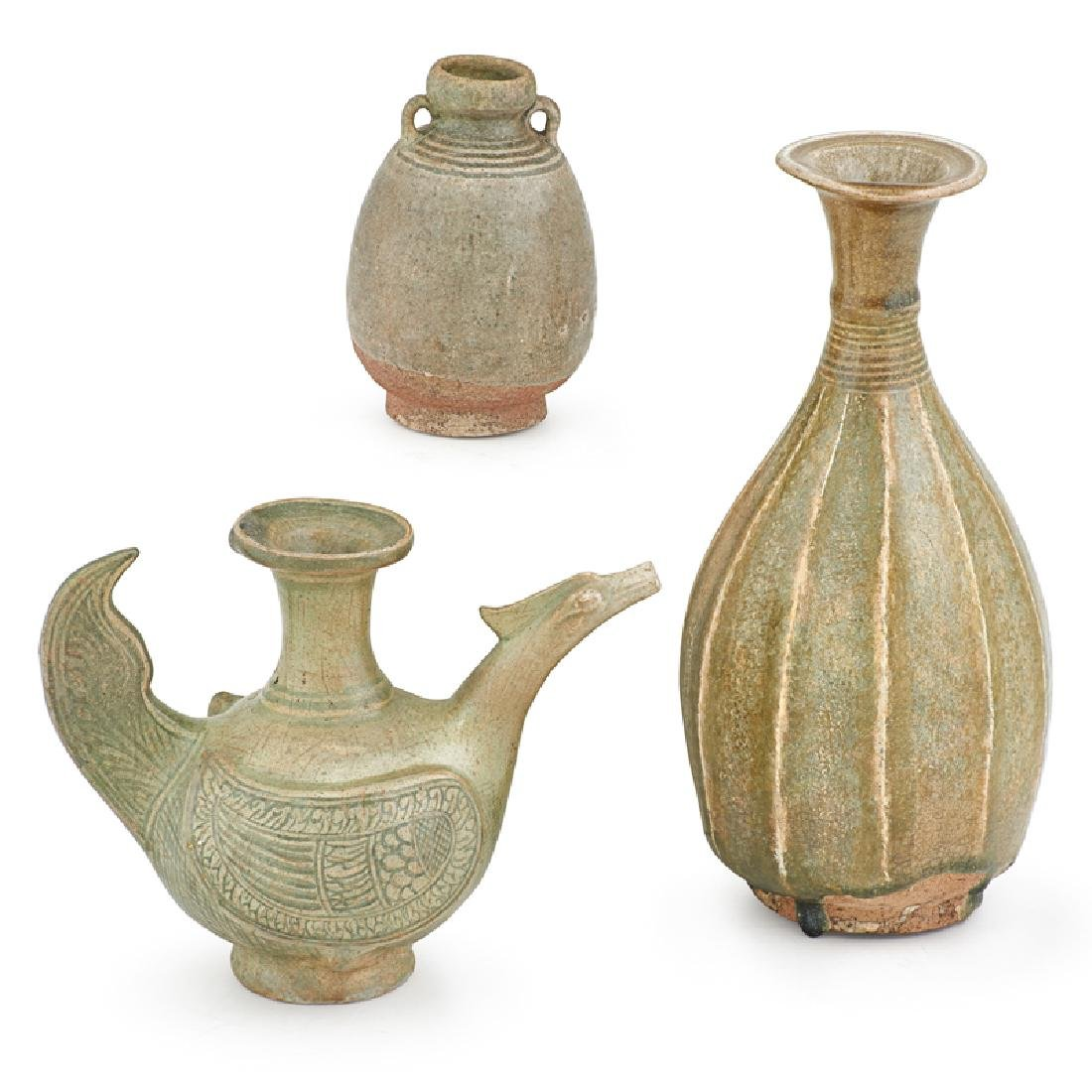 GROUP OF SAWANKHALOK, THAILAND POTTERY