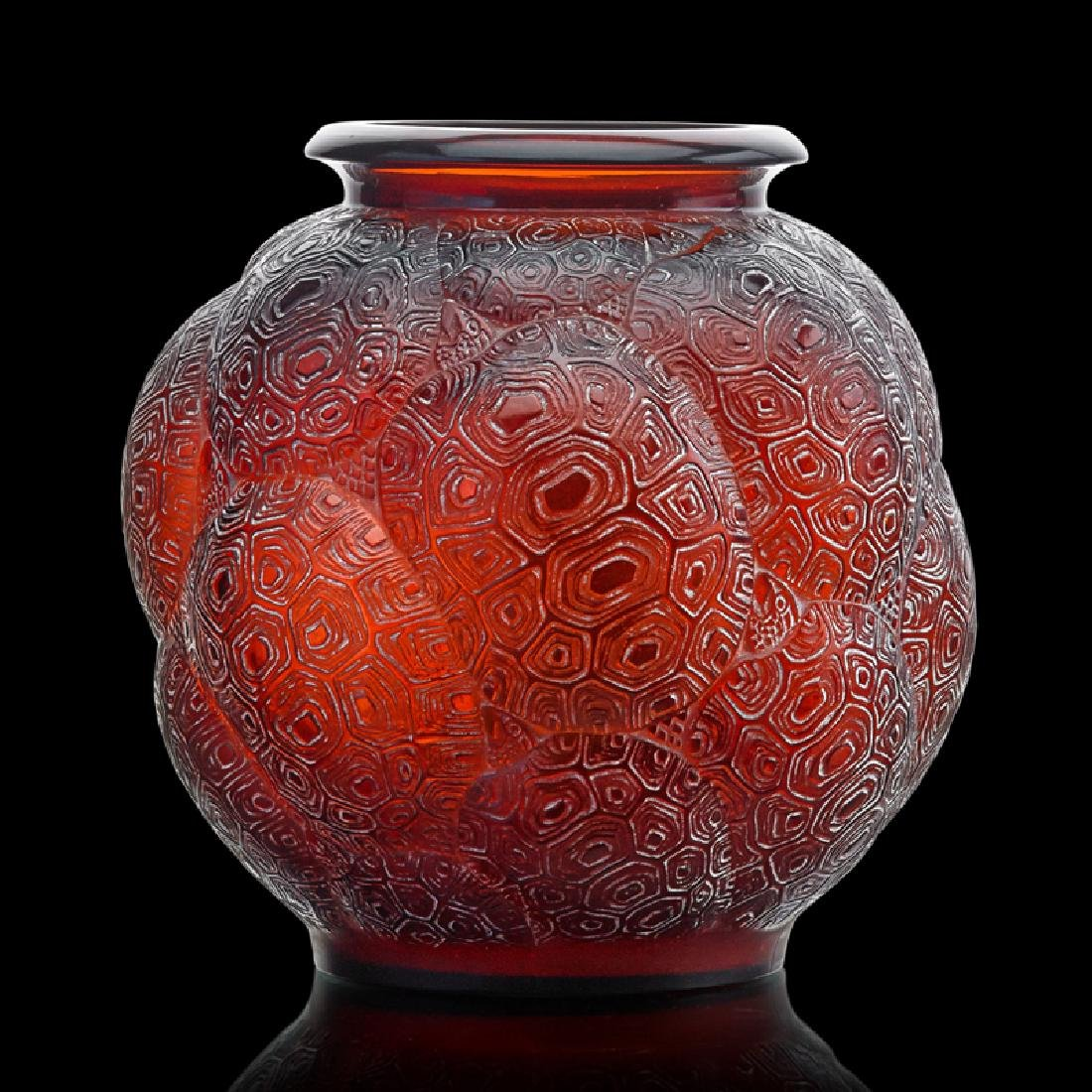"""LALIQUE Rare """"Tortues"""" vase, amber glass"""