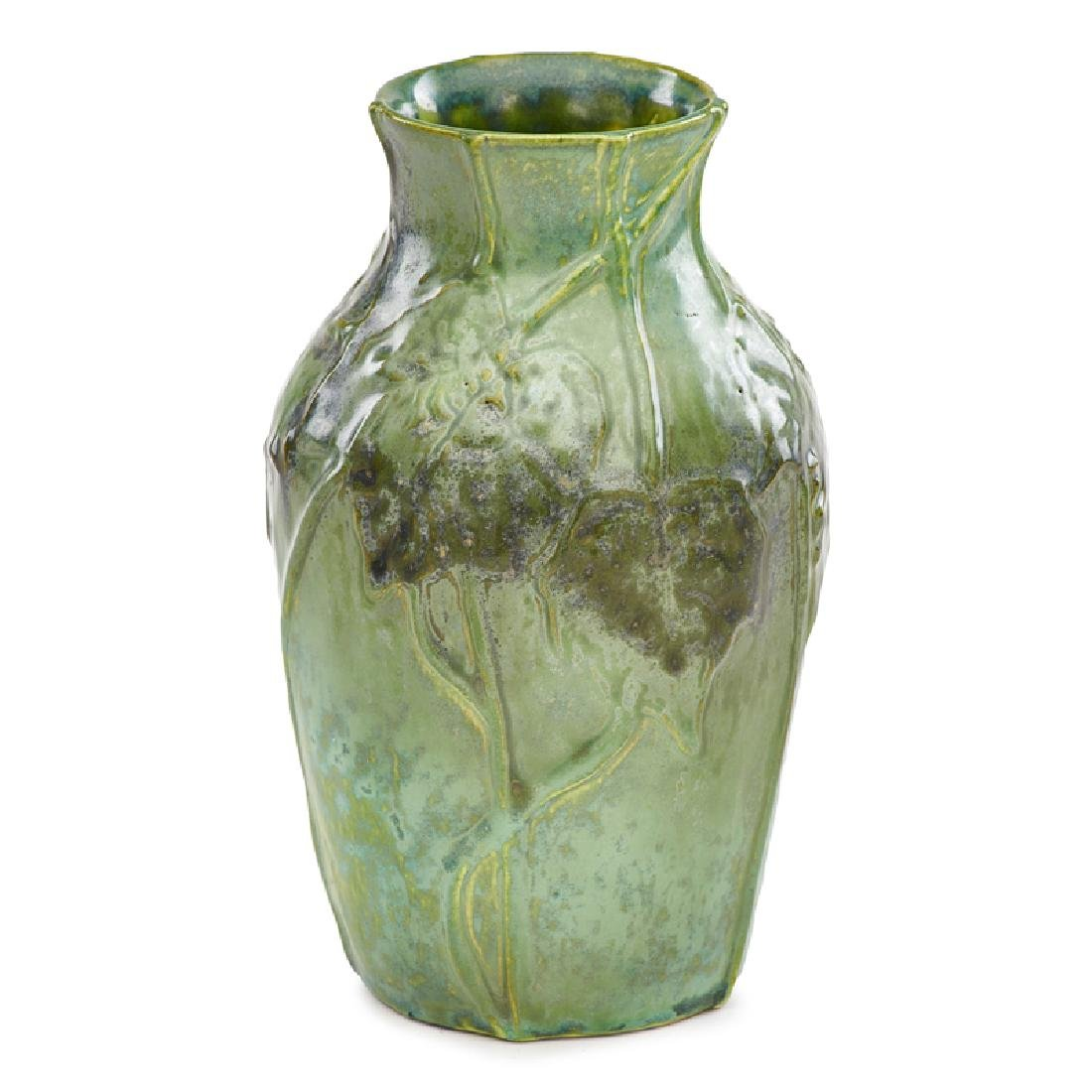 TIFFANY STUDIOS Small Favrile pottery vase