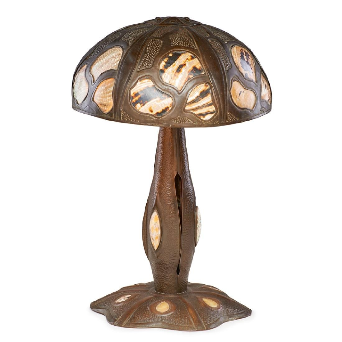 ELIZABETH BURTON Exceptional table lamp