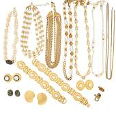 COLLECTION OF COSTUME JEWELRY, INCL. DESIGNER