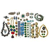 COLLECTION OF COLORFUL COSTUME JEWELRY, INCL. DESIGNER