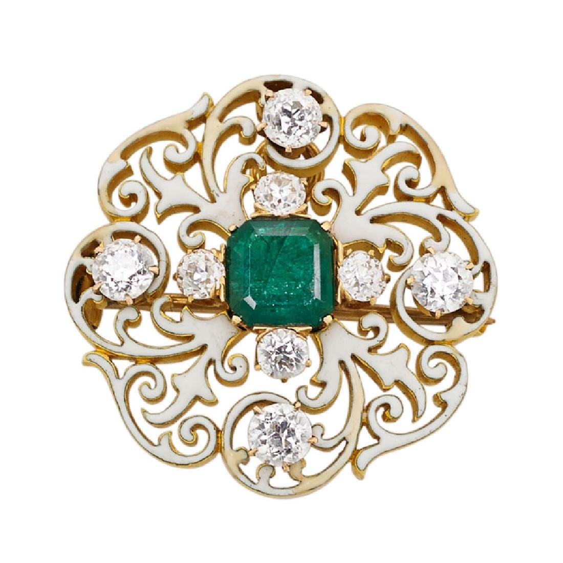 ANTIQUE EMERALD, WHITE ENAMELED GOLD PENDANT BROOCH