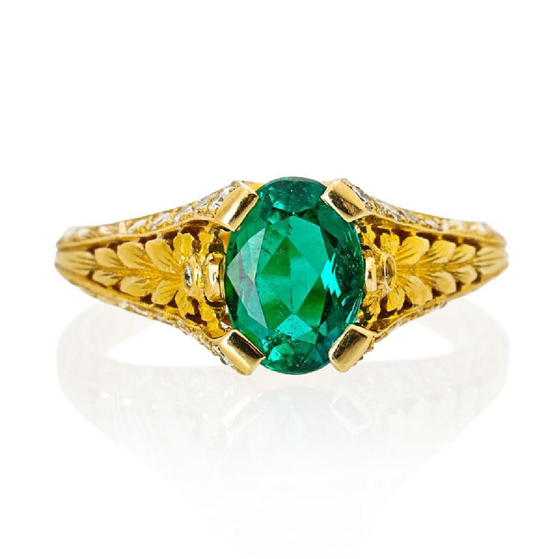 EMERALD & DIAMOND CHASED 18K GOLD RING