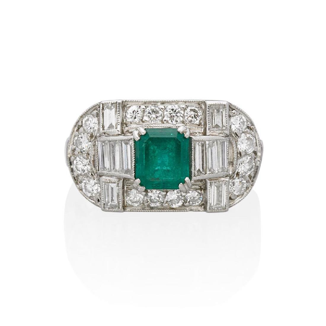 ART DECO EMERALD & DIAMOND PLATINUM RING