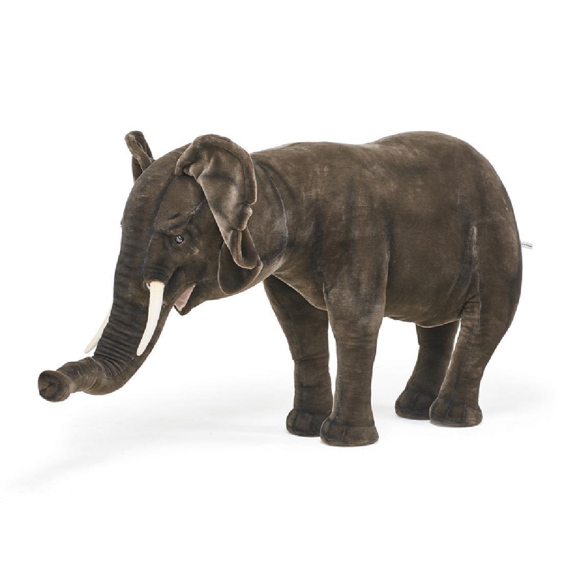 IMMENSE FAO SCHWARZ PLUSH ELEPHANT