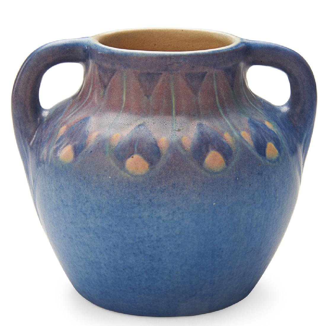 NEWCOMB COLLEGE Small two-handled vase