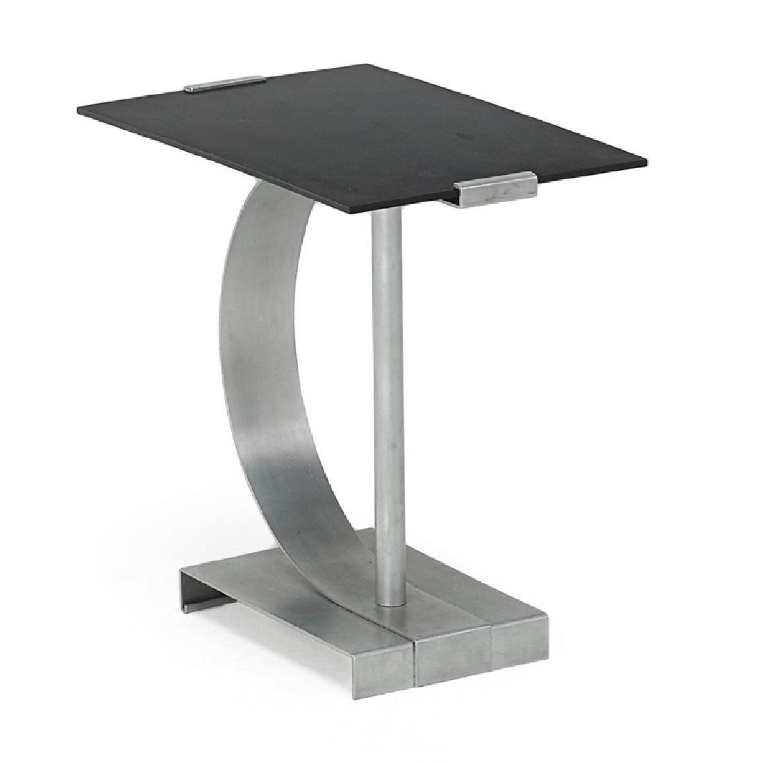 WALTER VON NESSEN Side table