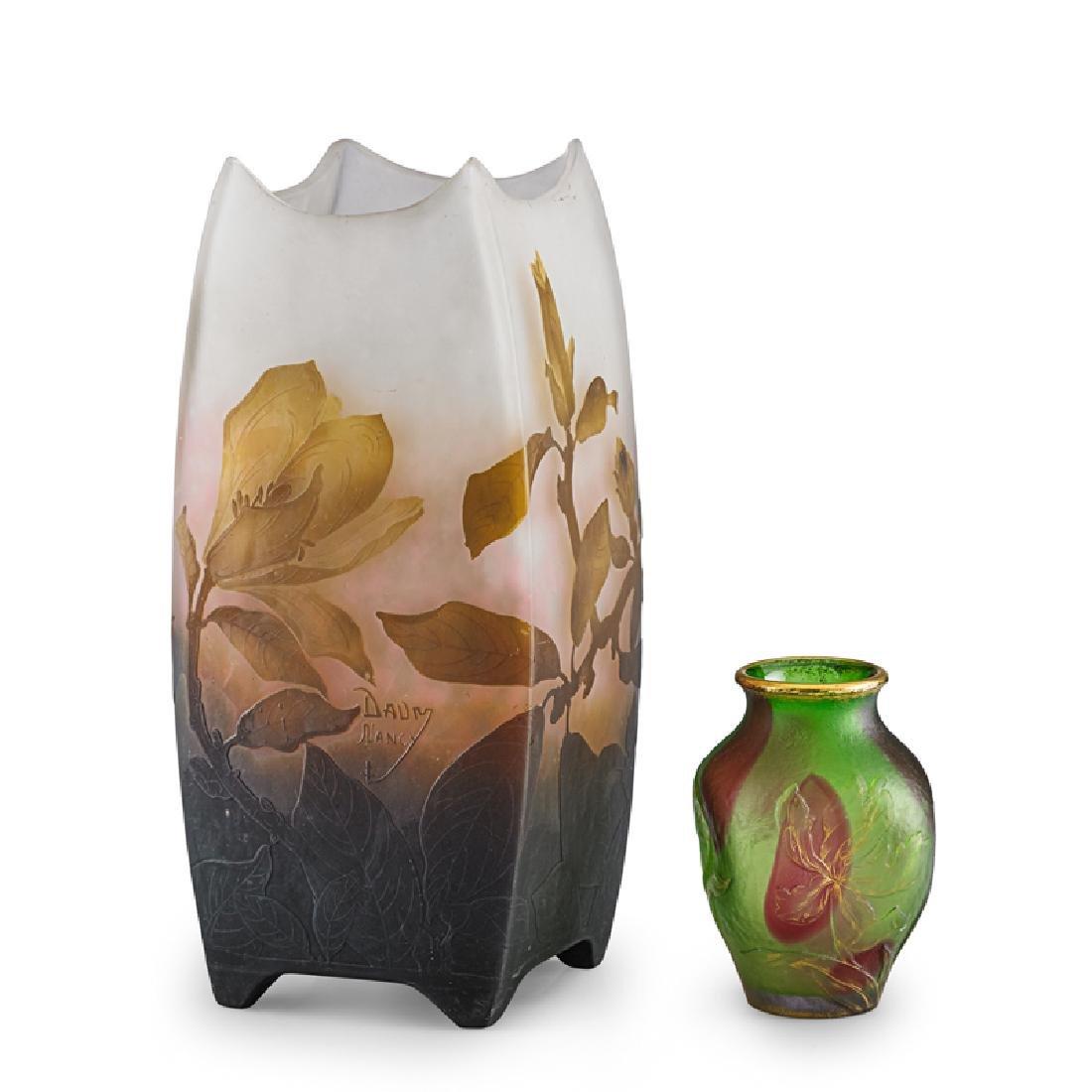 DAUM NANCY CAMEO GLASS