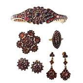 COLLECTION OF BOHEMIAN GARNET & GOLD-FILLED JEWELRY