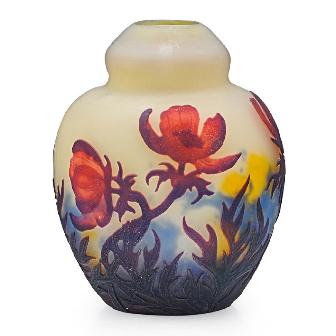 MULLER FRERES Cameo glass vase