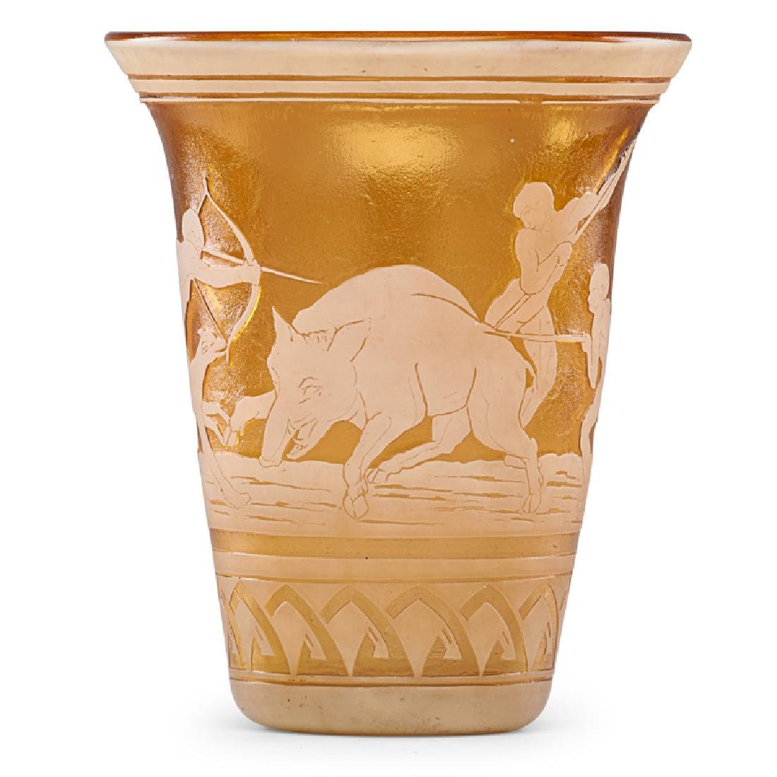MULLER FRERES Large vase with hunting scene