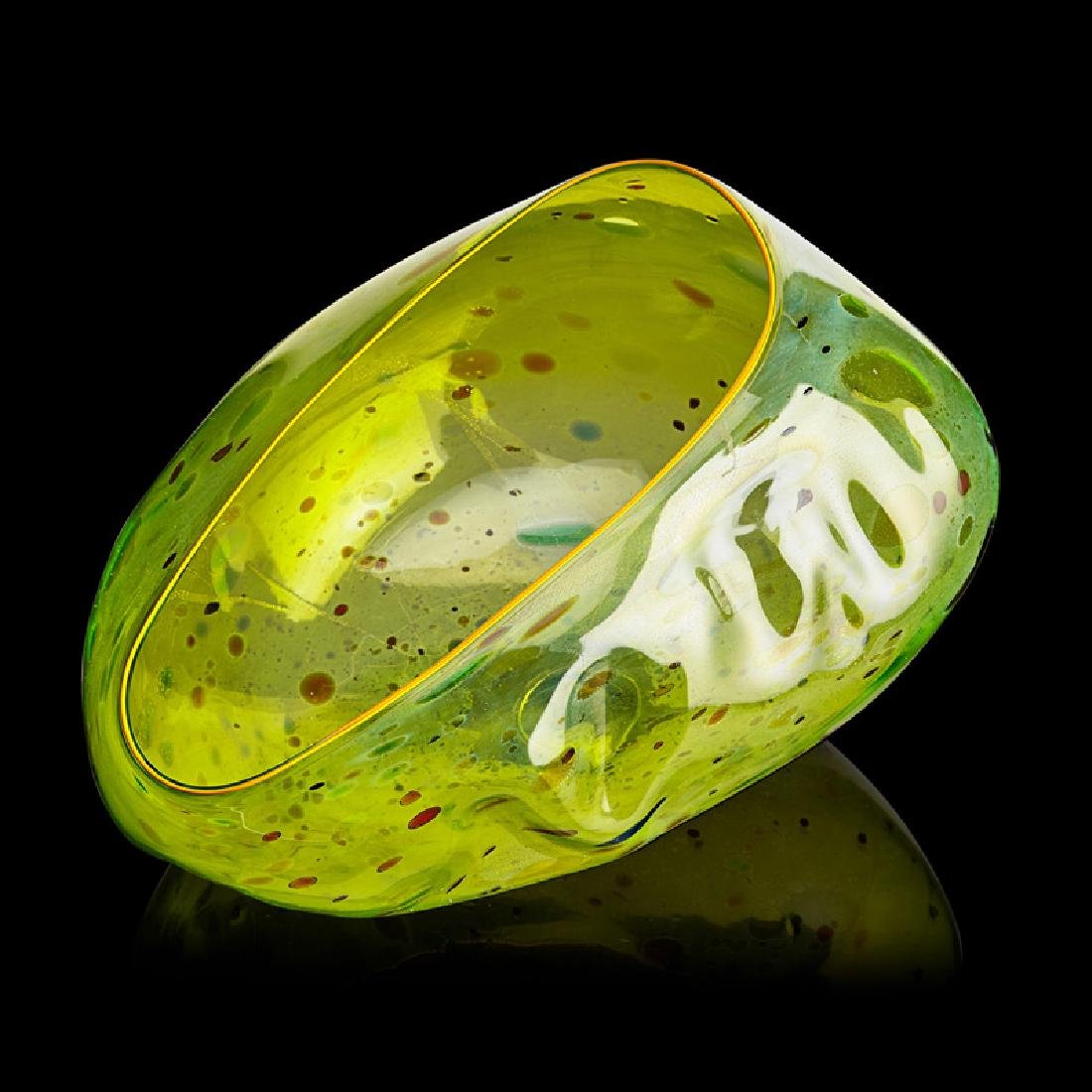 DALE CHIHULY Citron Green Basket