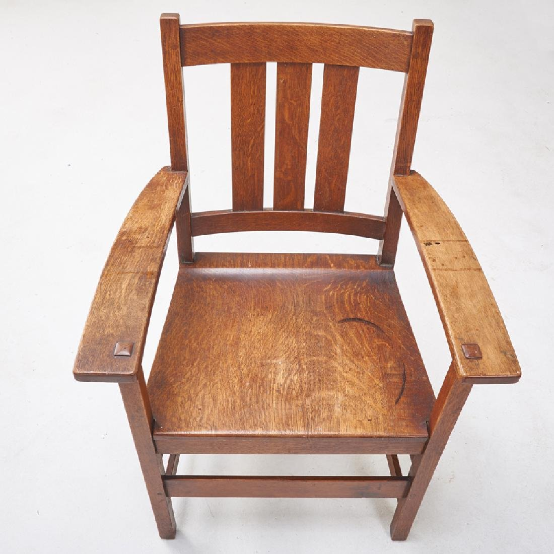 L. & J.G. STICKLEY Set of eight dining chairs - 3