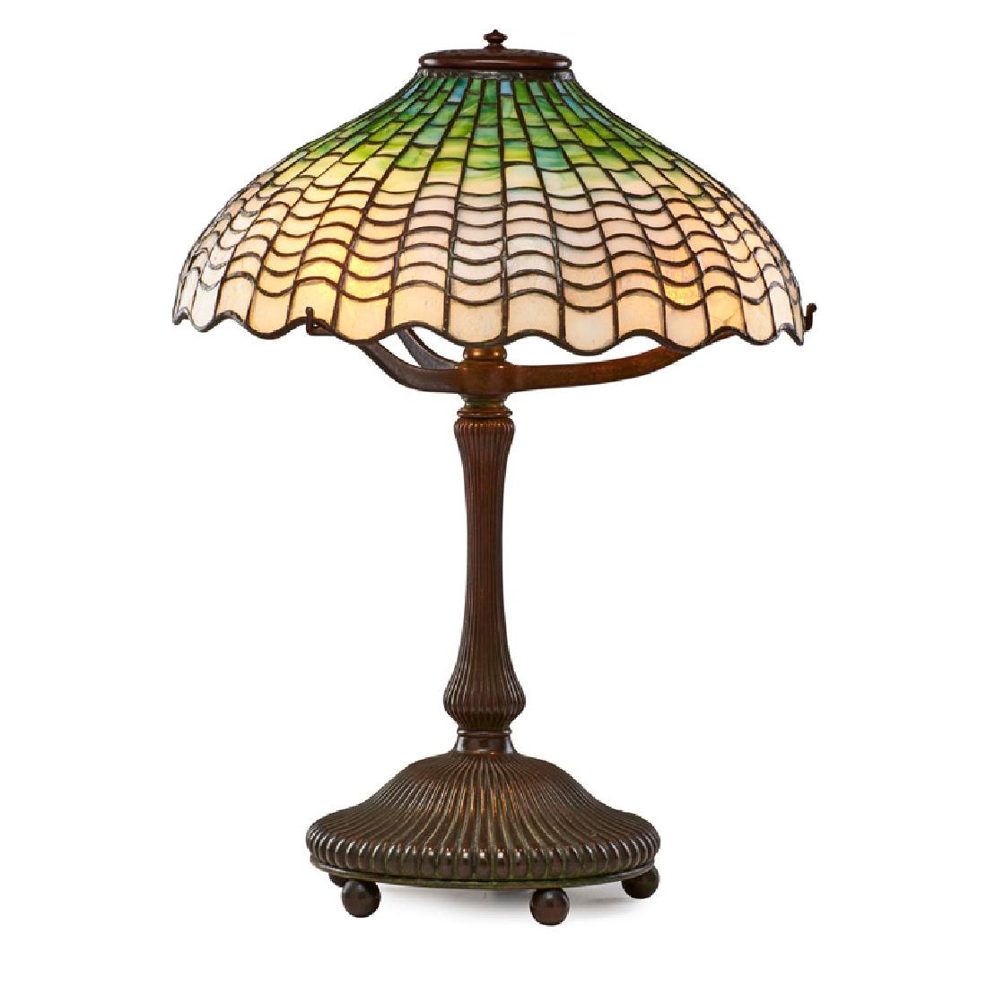 TIFFANY STUDIOS Shell table lamp