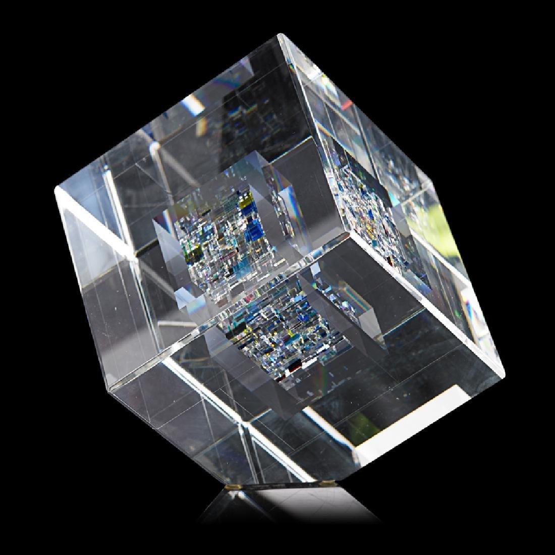 JON KUHN Glass cube