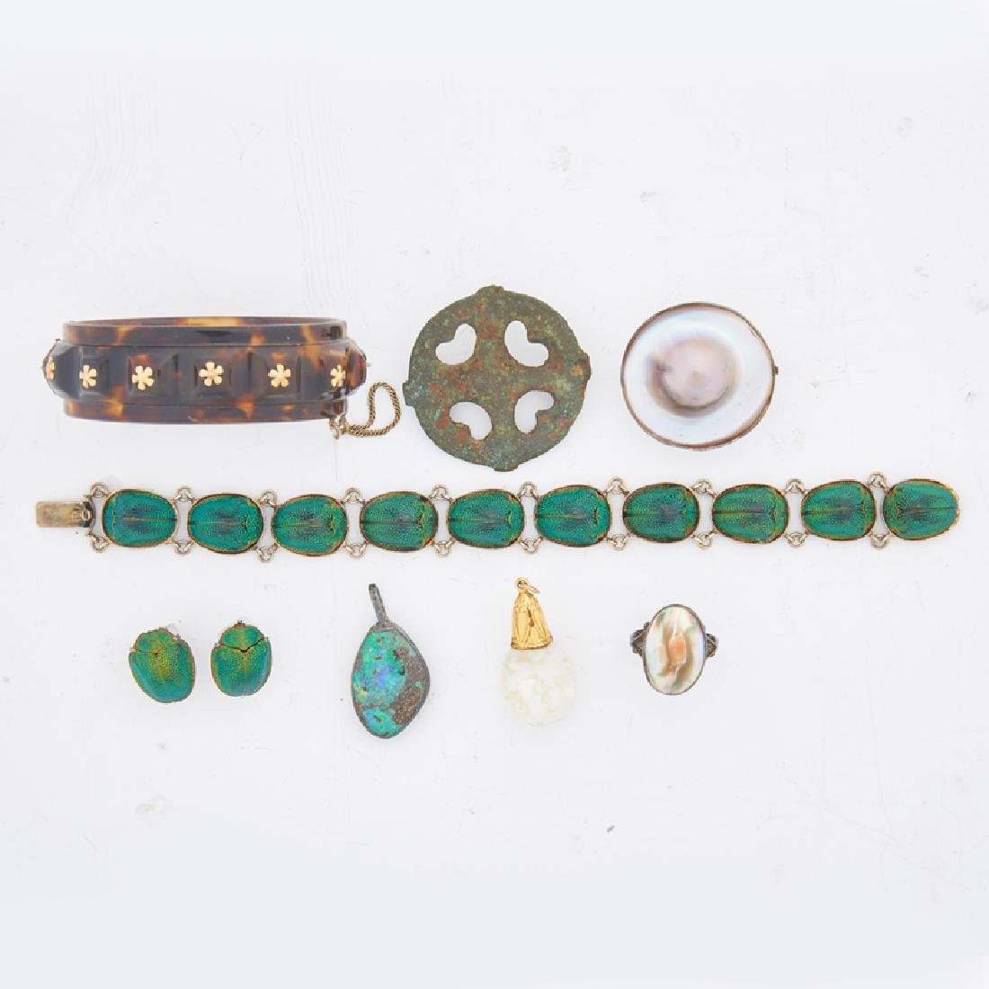 GROUP OF NOVELTY JEWELRY