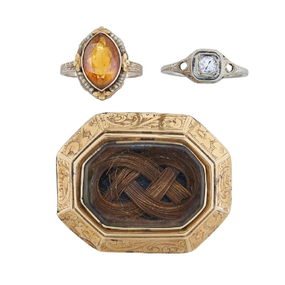 VICTORIAN OR EDWARDIAN GOLD BROOCH & RINGS