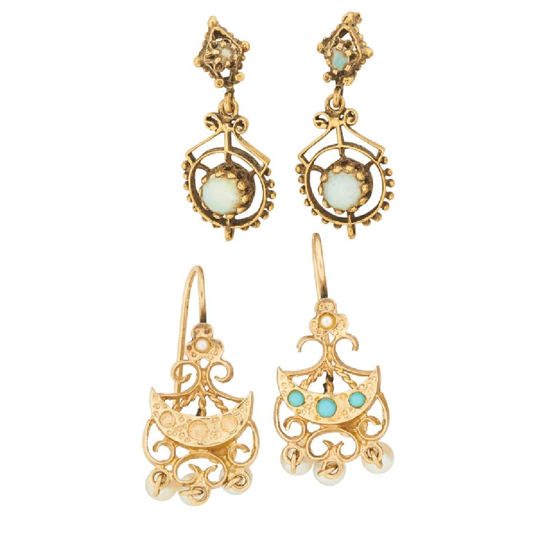 VICTORIAN REVIVAL STYLE GEM-SET YELLOW GOLD EARRINGS