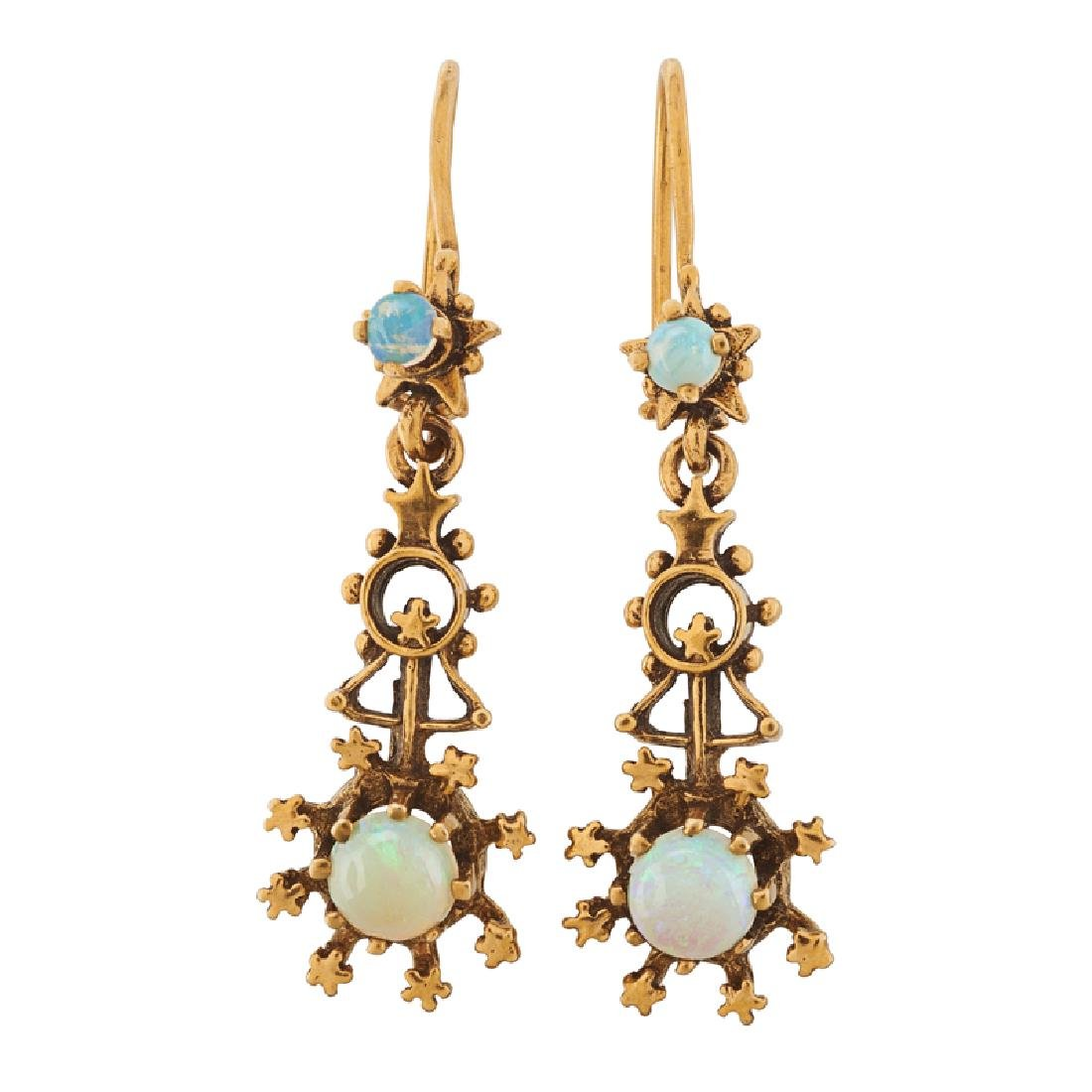 VICTORIAN REVIVAL OPAL & YELLOW GOLD PENDANT EARRINGS