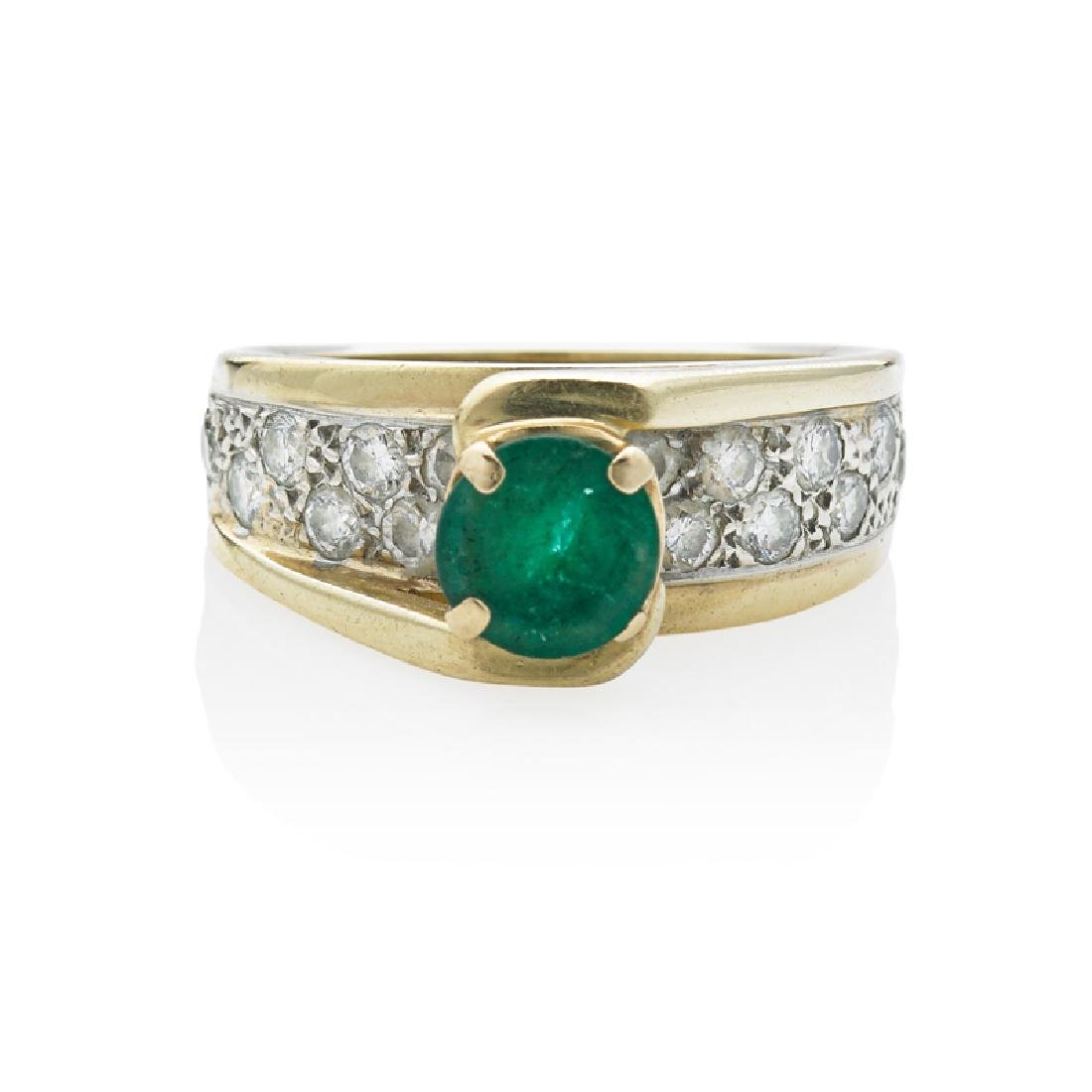 EMERALD, DIAMOND & YELLOW GOLD RING