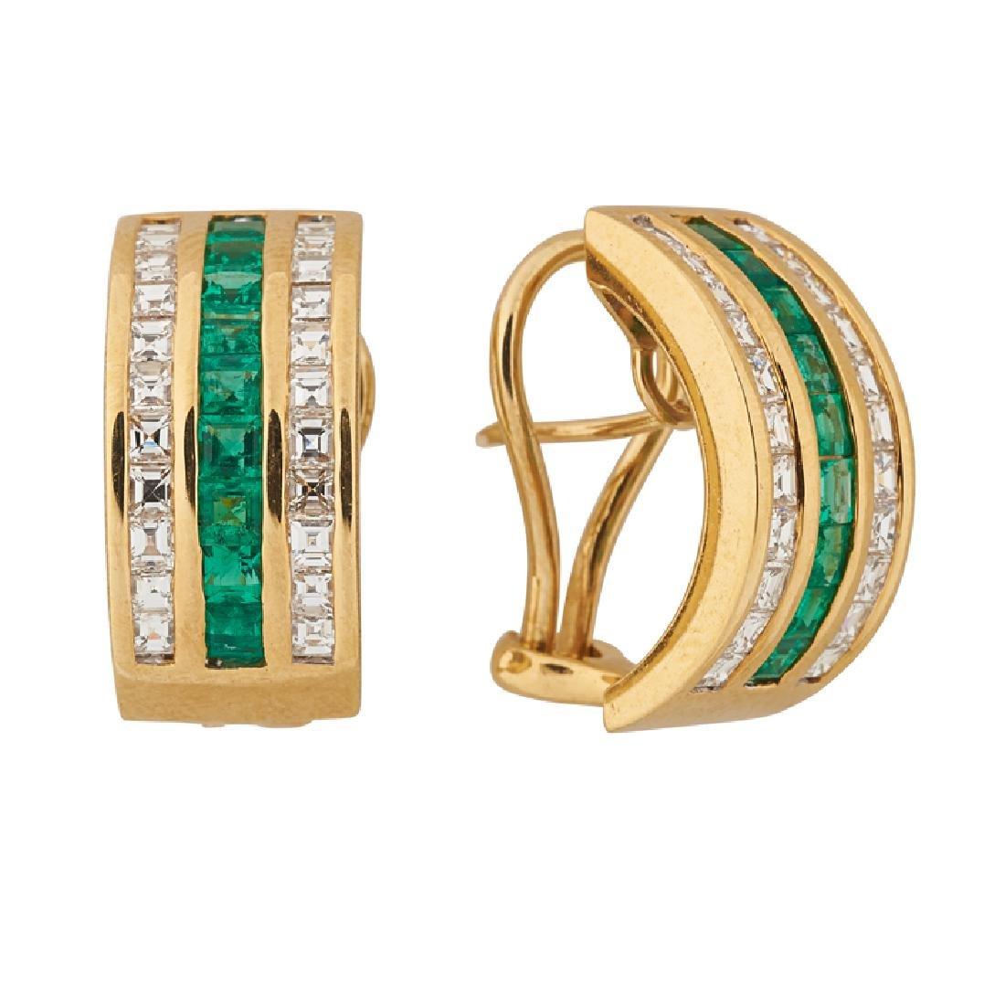 EMERALD, DIAMOND & YELLOW GOLD HUGGIE EARRINGS