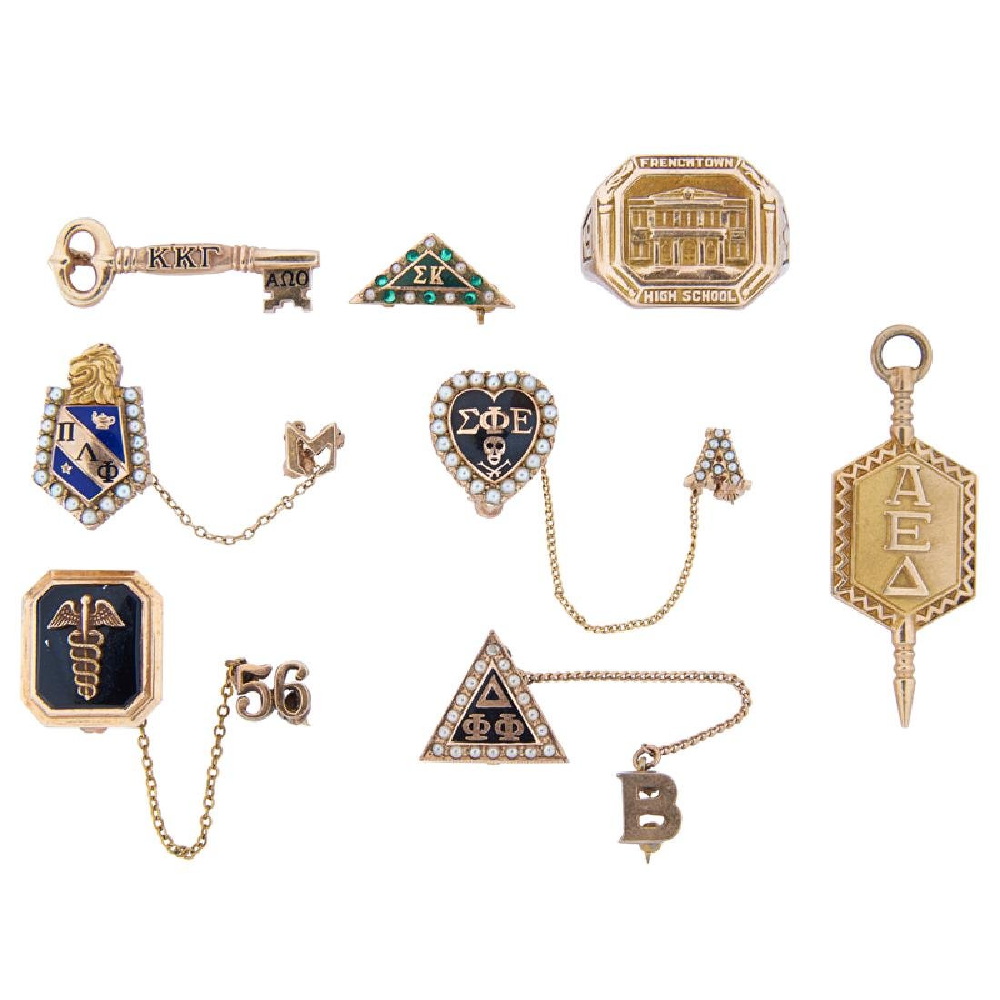 GROUP OF FRATERNAL OR SORORAL YELLOW GOLD JEWELRY