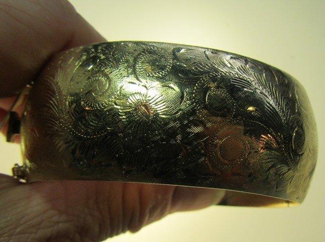YELLOW GOLD HINGED BANGLE BRACELET - 3