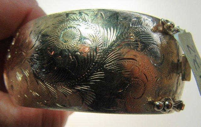 YELLOW GOLD HINGED BANGLE BRACELET - 5