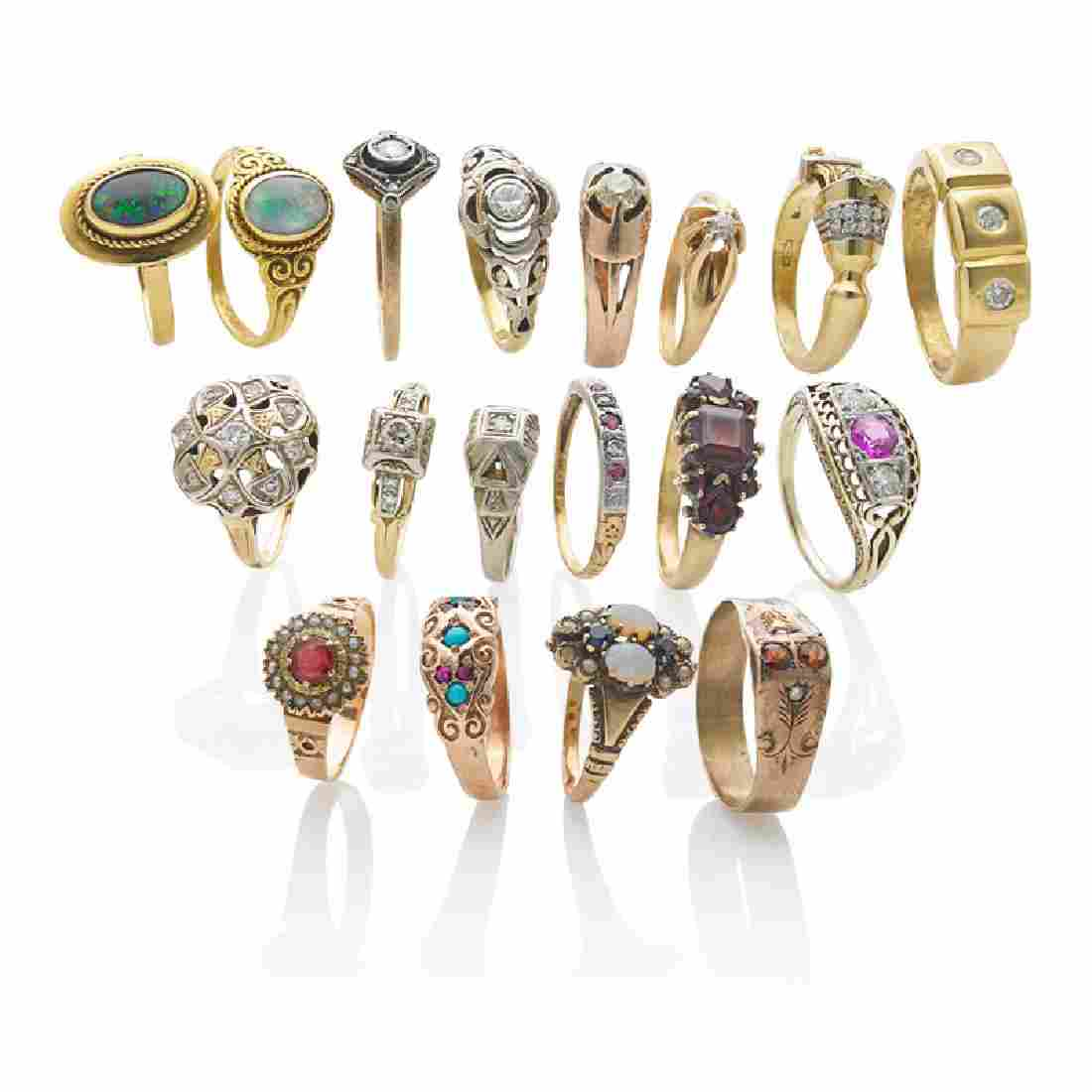 COLLECTION OF ANTIQUE DIAMOND OR GEM SET RINGS
