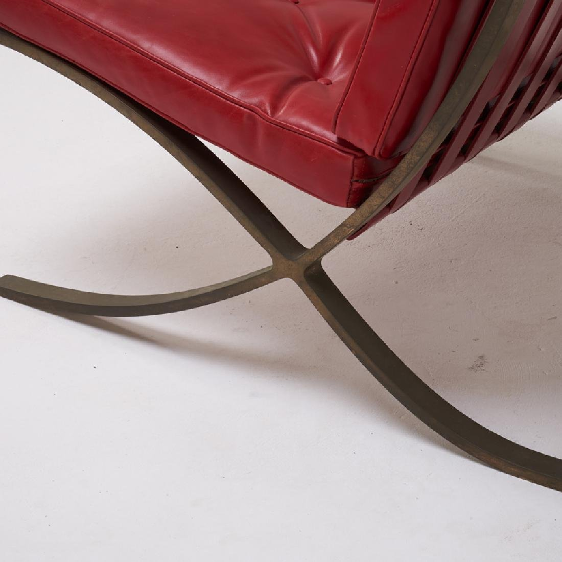 LUDWIG MIES VAN DER ROHE Pair of Barcelona chairs - 4