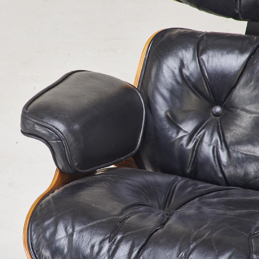 CHARLES AND RAY EAMES Lounge chair and ottoman - 5