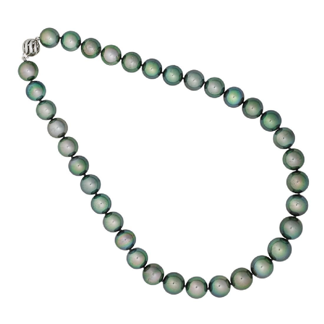 TAHITIAN BLACK SOUTH SEA PEARL NECKLACE