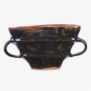 BERNARD LEACH Two-handled bowl