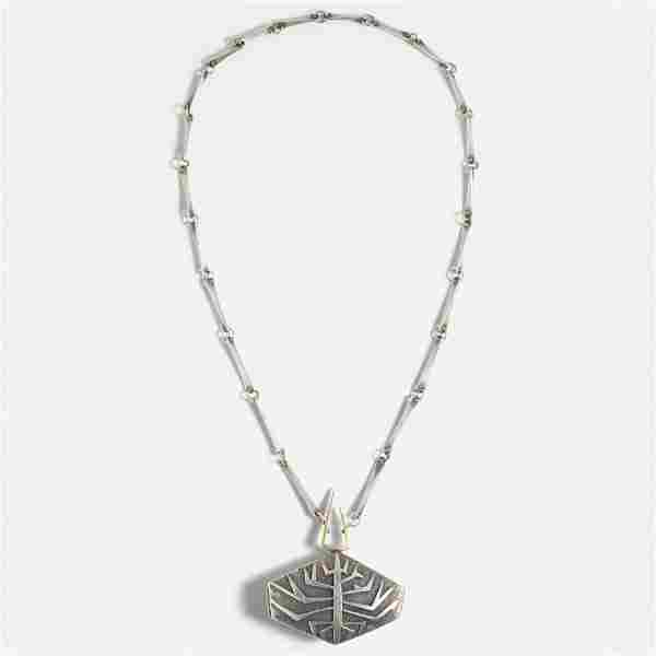 Christian Schmidt, necklace