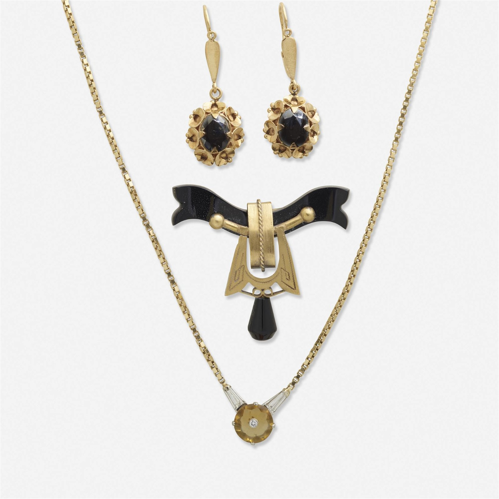 Group of yellow gold victorian jewelry