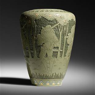 Frederick Hurten Rhead for Roseville Pottery, Della